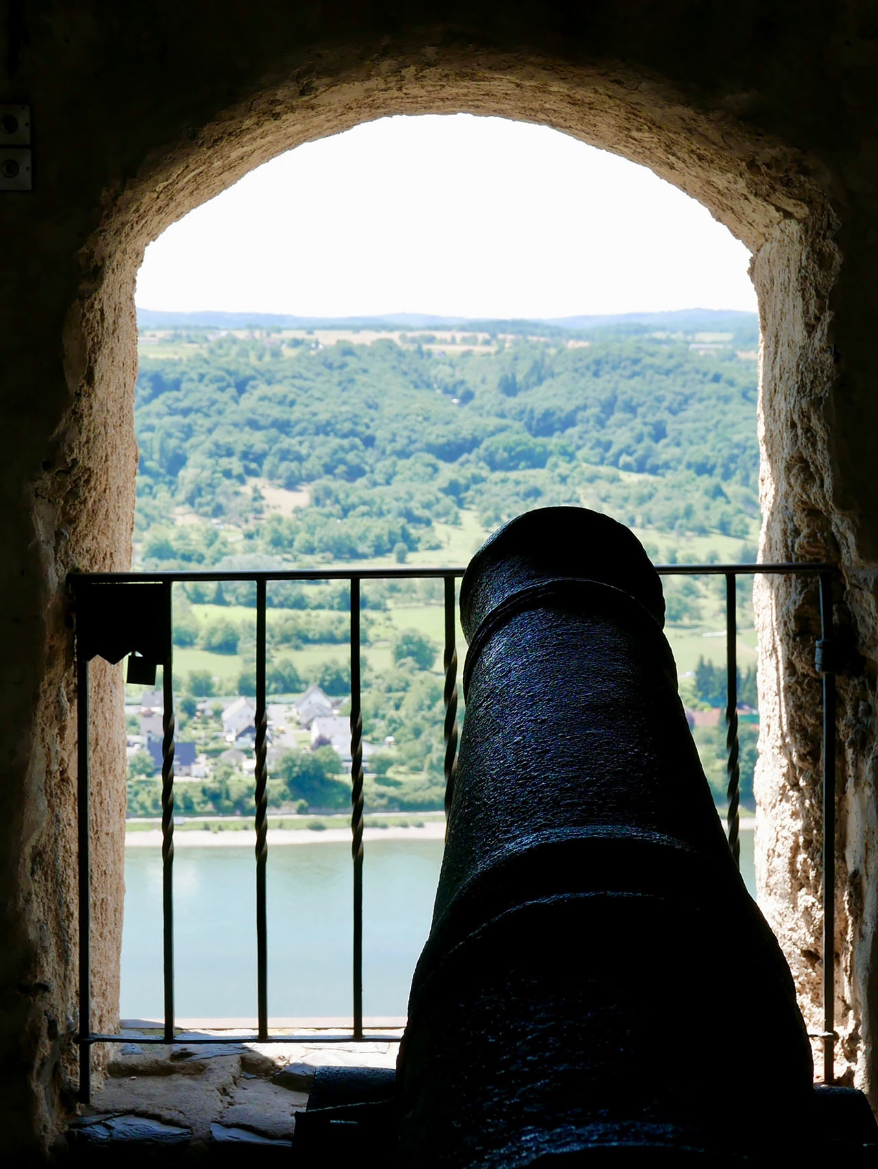 Cara Sharratt Travel - Marksburg Castle - Germany