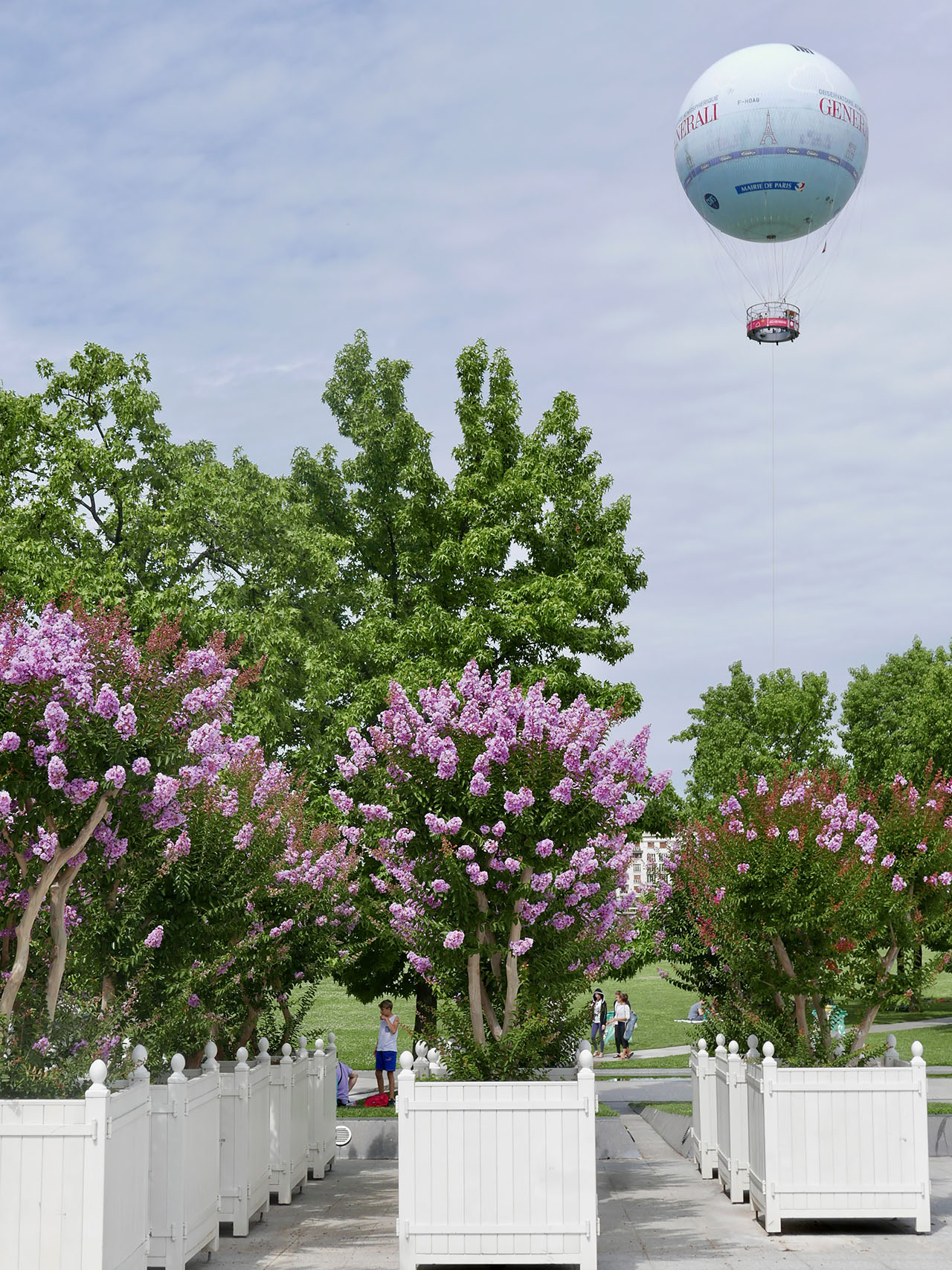 Cara Sharratt Travel - Ballon de Paris at Parc André Citroën - Summer