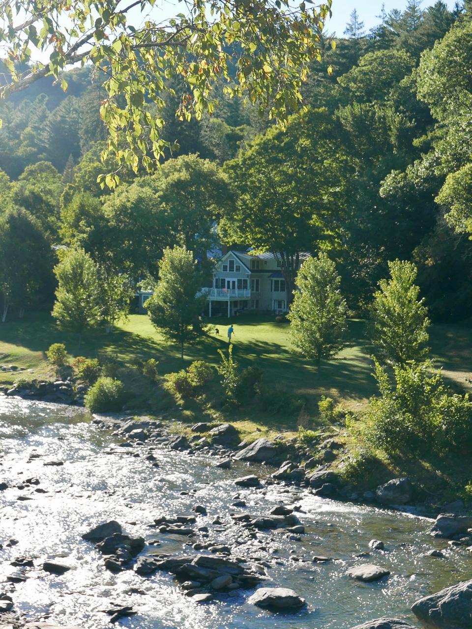 Cara Sharratt Travel - Woodstock, Vermont