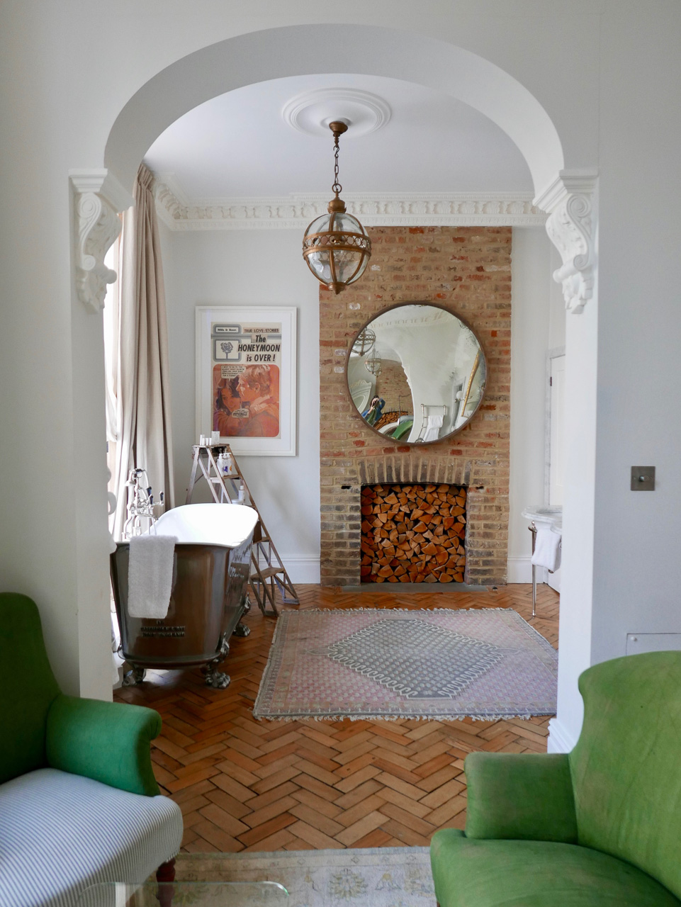 Cara Sharratt Travel - Artist Residence, London - Grand Suite