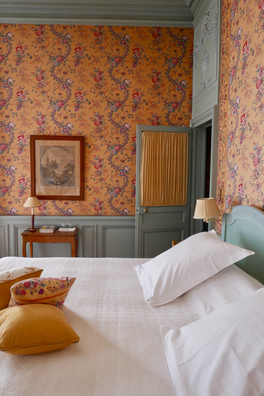 Cara Sharratt Travel - La Mirande - Bedroom - Avignon, France