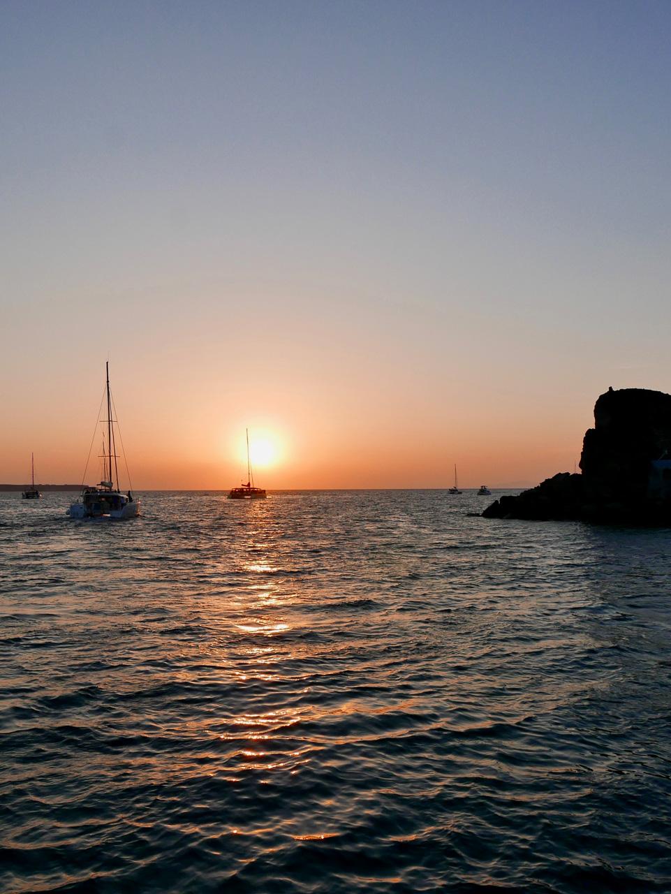 Cara Sharratt Travel - Sunset Cruise - Oia, Santorini, Greece