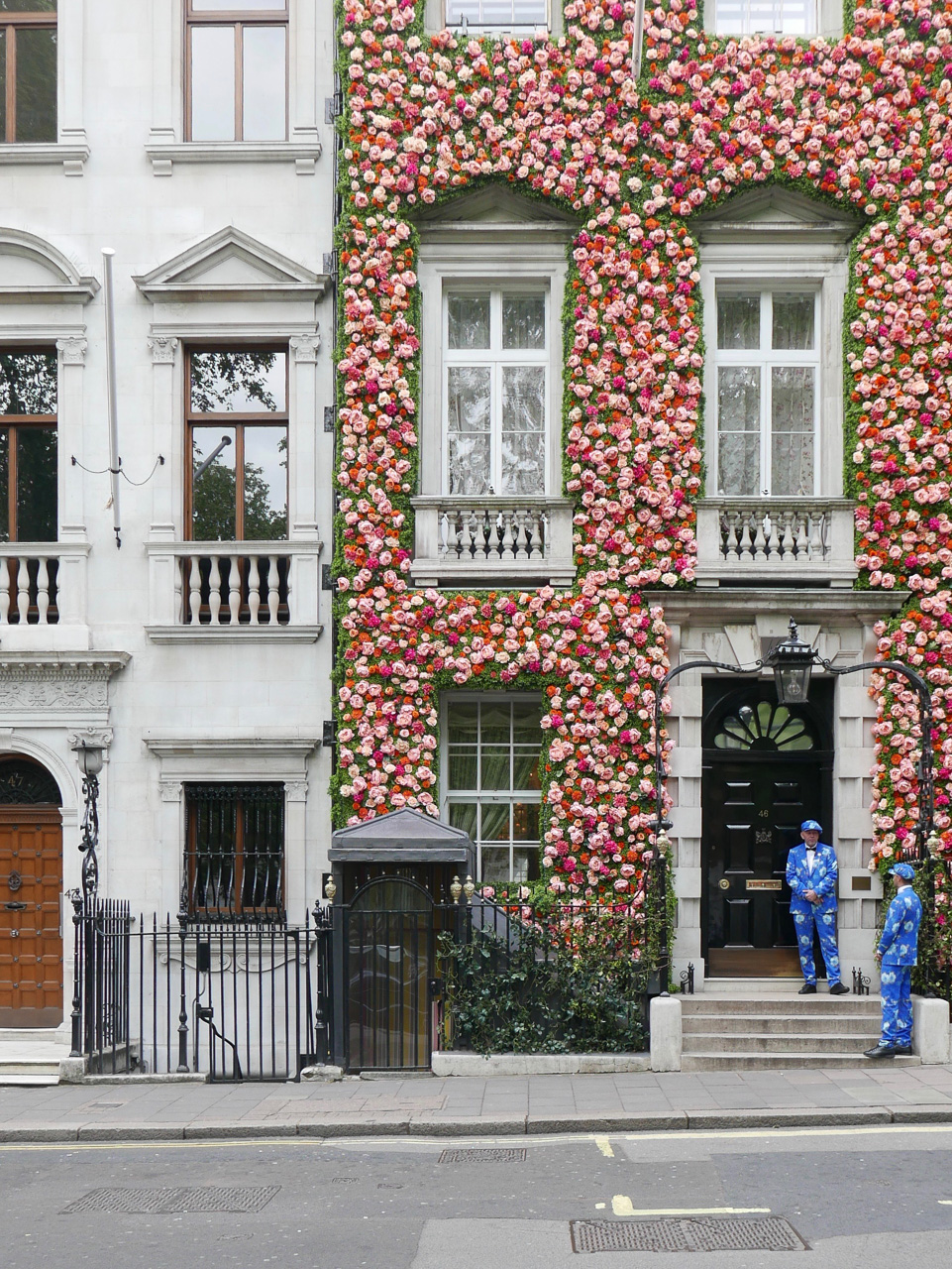 Cara Sharratt Travel - Annabel's in Mayfair - London, England